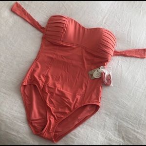 NWT TOMMY BAHAMA ONE PIECE BATHING SUIT